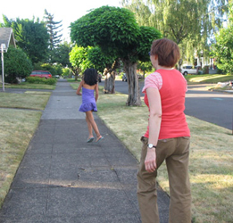 Debbie and Annelise (Pamela's daughter) on the way to a cat-photo shoot in Portland, 2006.